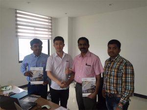 శ్రీలంక వినియోగదారులు మా కార్యాలయంలో Mr.Tai తో టెక్నాలజీని చర్చించారు